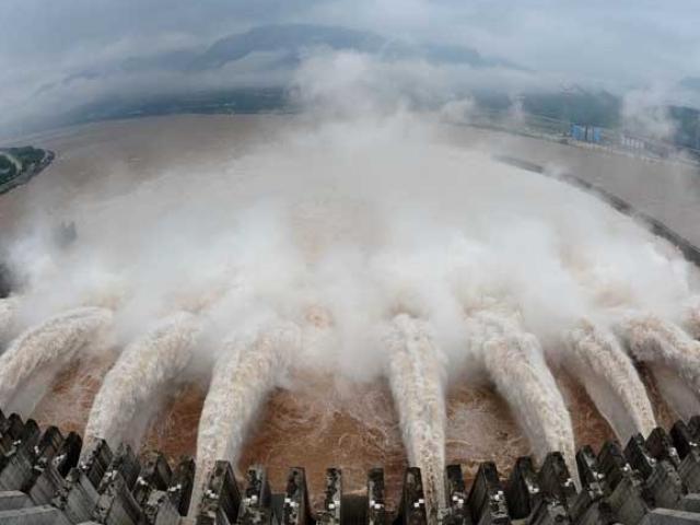 Đập thủy điện lớn nhất hành tinh khiến ngập lụt ở Vũ Hán trở nên tồi tệ như thế nào?