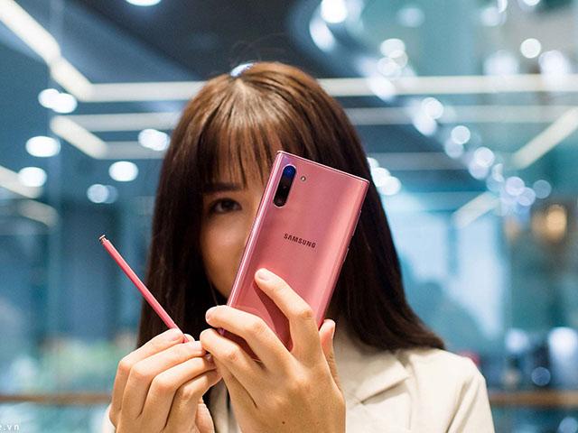 Nên chờ Galaxy Note 20 hay mua luôn Galaxy Note 10+?