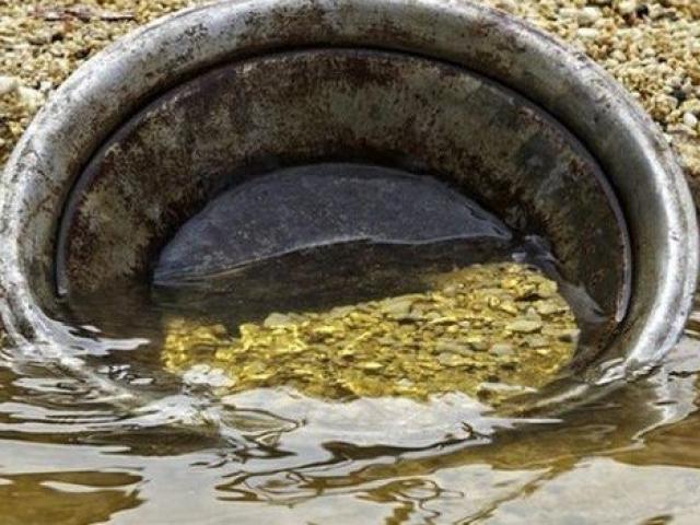 Con sông siêu đắt đỏ, đáy chứa đầy vàng, một thời cả nghìn người đãi suốt ngày đêm