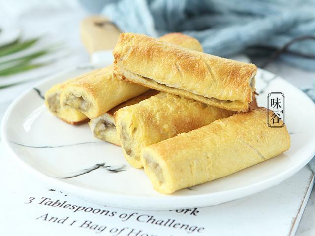 Chỉ với bánh mì và chuối, có ngay món bánh cuộn siêu tốc cho cả nhà