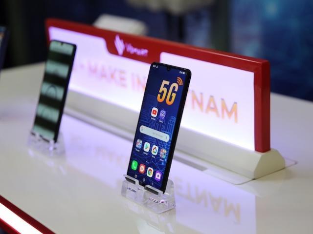 """Tỷ phú Phạm Nhật Vượng sẽ bán điện thoại tại thị trường """"khó tính"""" nhất TG"""