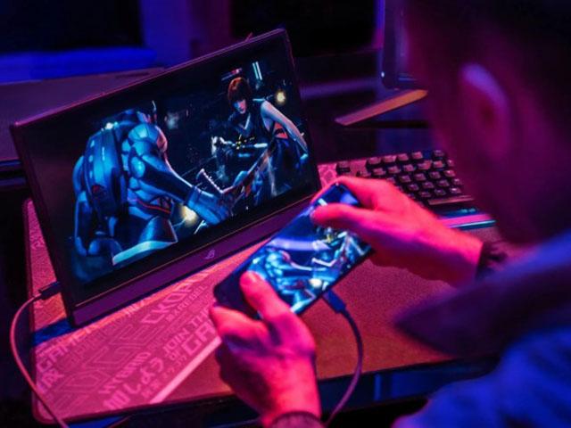 ROG Phone 3 ra mắt thách thức mọi smartphone chơi game