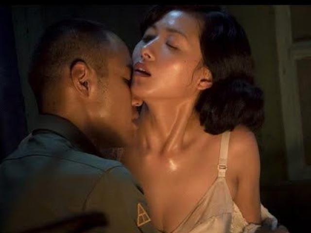 """Cảnh nóng """"hot"""" nhất phim Trung Quốc đã lừa hàng tỷ khán giả thế này đây"""