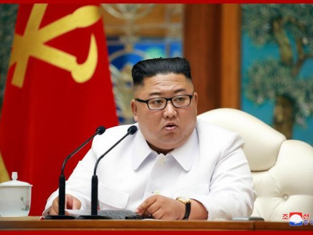 Ông Kim Jong Un phản ứng quyết liệt khi Triều Tiên có ca nghi nhiễm Covid-19 đầu tiên
