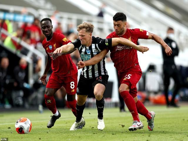 Video highlight trận Newcastle - Liverpool: 4 bàn tưng bừng, siêu kỷ lục 99 điểm