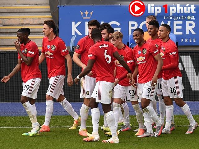 Ngoạn mục MU vào top 3, có sáng cửa vô địch Ngoại hạng Anh mùa sau? (Clip 1 phút Bóng đá 24H)