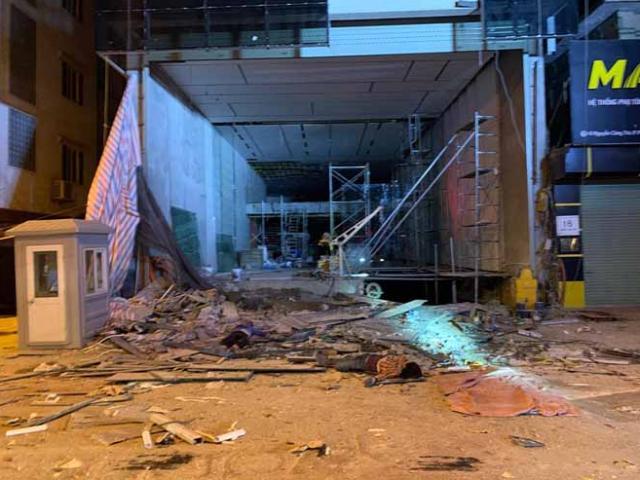 Hà Nội: Sập giàn giáo, 3 người tử vong