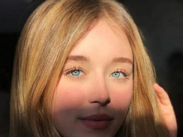 """Hot girl gây """"náo loạn"""" mạng xã hội vì sở hữu đôi mắt xanh đẹp tuyệt trần"""