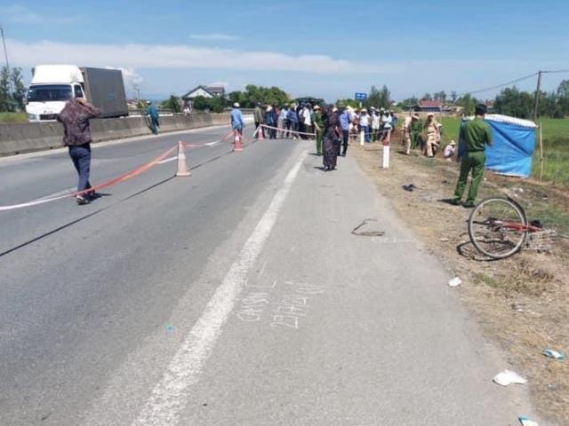 Truy tìm tài xế tông chết người đi xe đạp rồi bỏ trốn