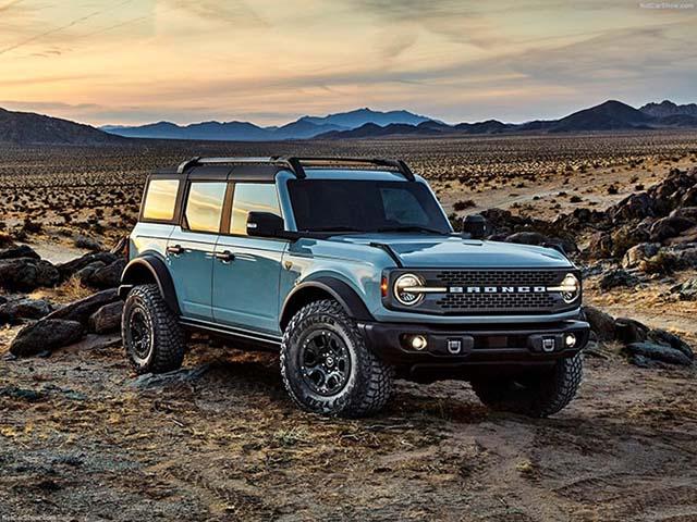 """Ford Bronco ghi nhận lượng đơn đặt hàng """"siêu khủng"""" chỉ sau 2 tuần ra mắt"""
