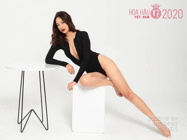 """Mỹ nữ Đà Lạt 20 tuổi thi Hoa hậu Việt Nam: Chân dài miên man, mê mốt """"không nội y"""""""