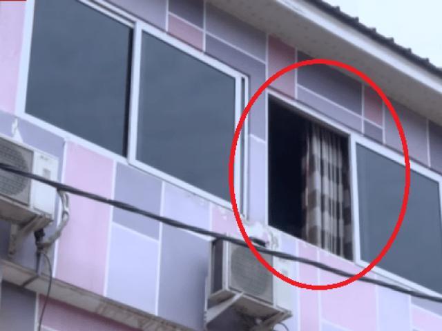 Đang mua dâm trong khách sạn, người đàn ông khỏa thân rơi xuống đất