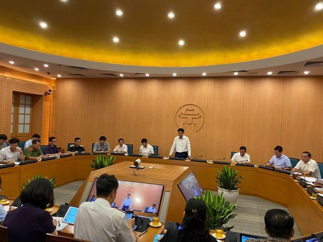 Hơn 98.000 người từ Đà Nẵng về trong tháng 7, Hà Nội mới xét nghiệm được gần 1.300 người