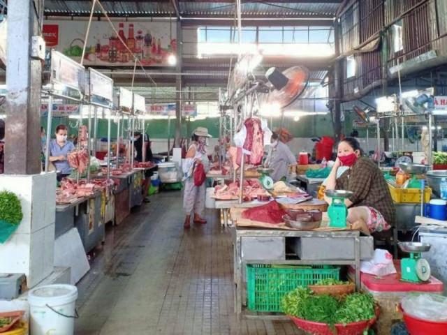 Đà Nẵng: Từ 12/8, người dân có thẻ mới được vào chợ, 3 ngày đi 1 lần