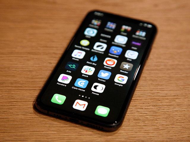Sẽ có iPhone 12 giá rẻ, nhưng đừng hy vọng quá sớm