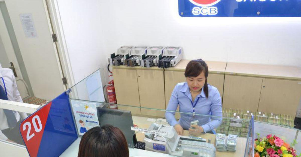 Tiền Việt Nam vẫn lên giá giữa cơn bão giá vàng