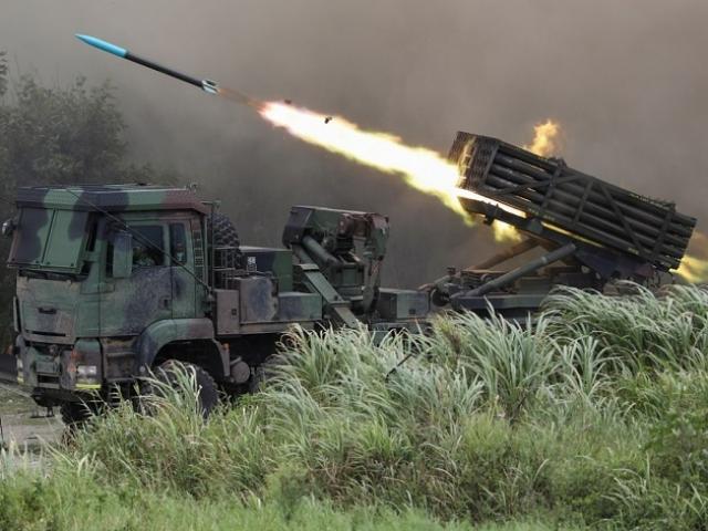 Đài Loan muốn mua loạt vũ khí Mỹ phòng TQ dùng vũ lực thu hồi