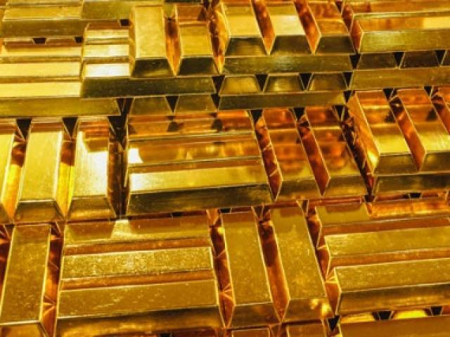 """Vàng """"sốt xình xịch"""", có vàng đem bán không cẩn trọng sẽ bị phạt nặng"""