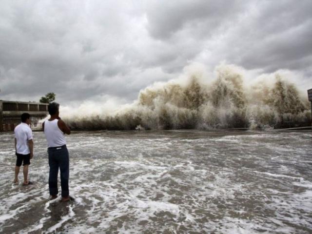TQ: Điểm bất thường của thời tiết 70 năm có một, nhiều tỉnh thành thiệt hại