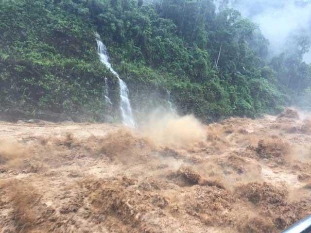 Miền Bắc đối mặt tổ hợp thiên tai: Bão số 4, mưa lũ và động đất
