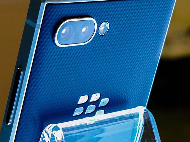 HOT: Điện thoại BlackBerry hẹn ngày trở lại, tiến ngay đến 5G