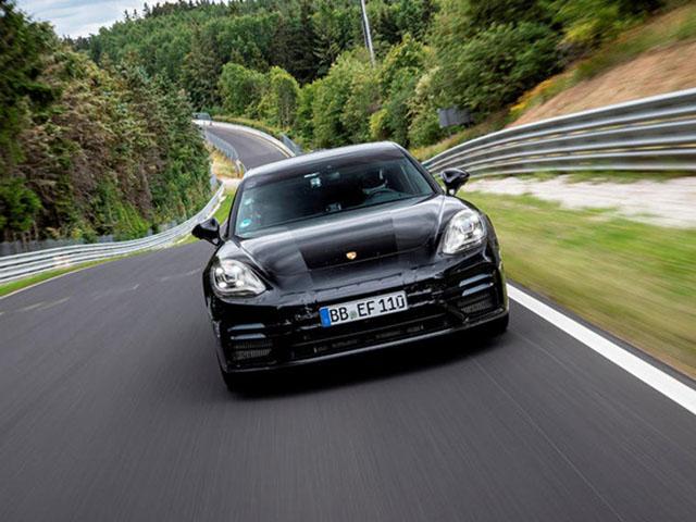 Porsche Panamera 2021 lập kỷ lục đường đua mới, đếm ngược ngày trình làng