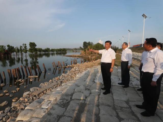TQ: Nhiều tỉnh thành thiệt hại nặng do lũ lụt, ông Tập có kế hoạch mới