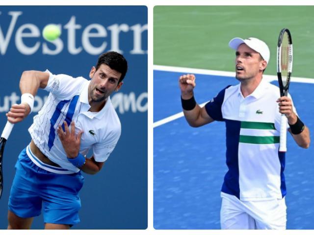 """Video tennis Djokovic - Bautista-Agut: Hú vía cứu thua, kinh hoàng """"đấu súng"""" (Bán kết Cincinnati Masters)"""