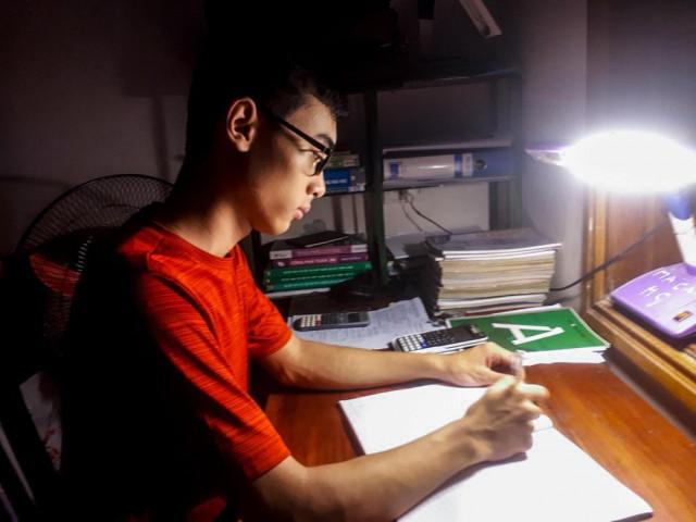Thí sinh duy nhất ở Nghệ An đạt điểm 10 Vật Lý sẽ chọn trường Đại học nào?