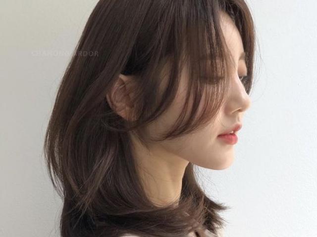 Bí quyết tự cắt tóc tại nhà chuẩn đẹp trong mùa dịch Covid-19