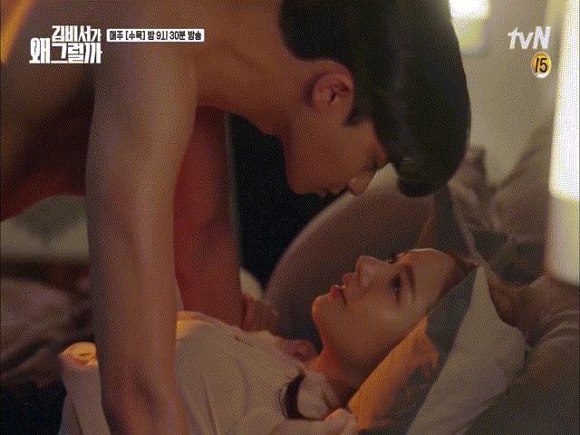 Cảnh hôn gây đỏ mặt đạt kỷ lục view, mỹ nhân Hàn liền có động thái bất ngờ