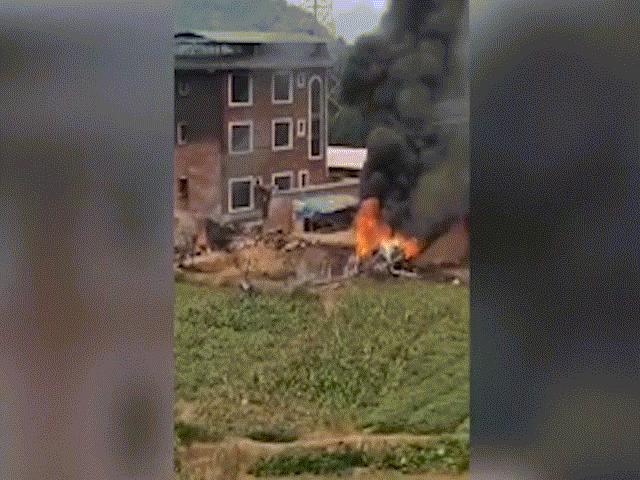 Thực hư đoạn video tên lửa Đài Loan bắn rụng chiến đấu cơ Su-35 của TQ