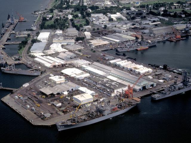 Hải quân Philippines phản đối chính quyền, quyết không nhường đất cho dự án sân bay TQ