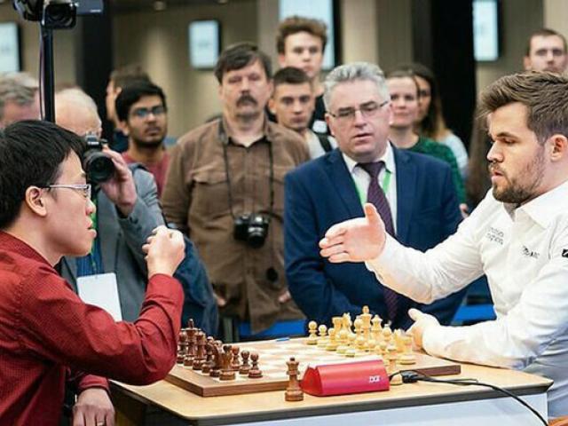 Đỉnh cao cờ vua: Lê Quang Liêm đụng độ Vua cờ Magnus Carlsen
