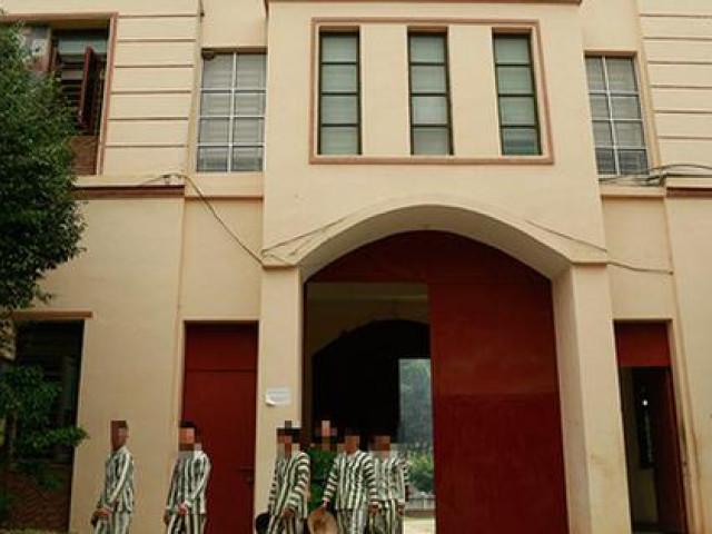 Ngăn chặn kịp thời một tử tù đang chuẩn bị treo cổ trong trại tạm giam