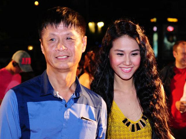 Người vợ bí mật của đạo diễn đòi đuổi MC Quyền Linh khỏi show truyền hình là ai?