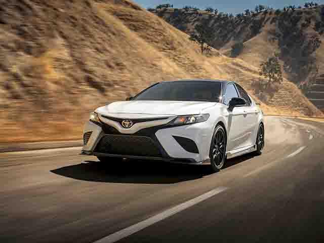 10 mẫu xe ô tô bán chạy nhất thế giới trong thập kỷ qua