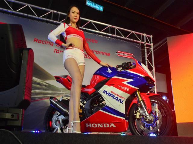 2021 Honda CBR250RR bản đua, giảm sốc 113 triệu đồng