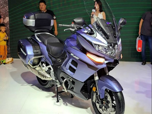 2021 Benelli 1200GT ra mắt, so kè Honda Gold Wing