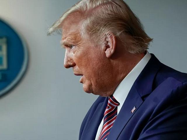 Ông Trump lên tiếng về chiến sự bùng nổ giữa Armenia và Azerbaijan