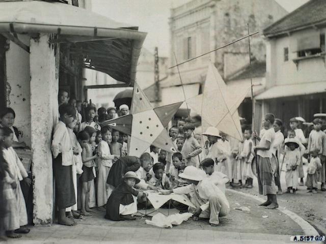 Những bức ảnh trắng đen quý giá về Tết Trung thu gần 100 năm trước