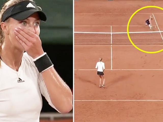 """Rung chuyển Roland Garros: Người đẹp bị loại từ """"pha bóng ma"""""""