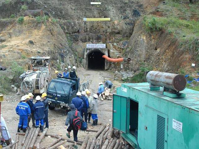 Một năm sau ngày xảy ra vụ sập hầm thủy điện Đạ Dâng