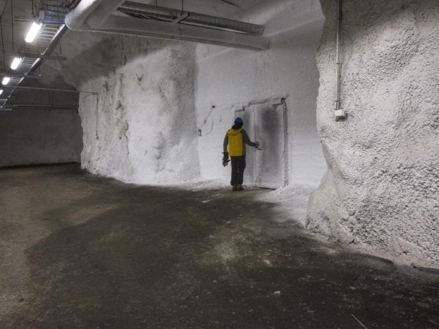 """Bên trong hầm chứa hạt giống chống """"tận thế"""""""