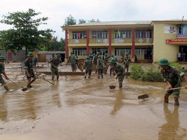 Quảng Bình: 7 HS tử vong do lũ lụt, 25 trường vẫn ngập