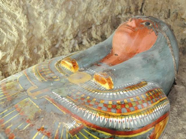 Tìm thấy xác ướp Ai Cập nghìn năm tuổi còn nguyên vẹn