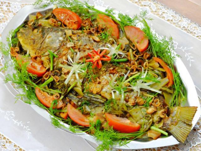 Ngon cơm với cá chép om dưa