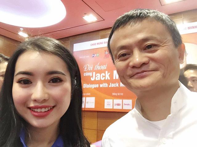 Nữ sinh xinh đẹp được đối thoại cùng Jack Ma là ai?