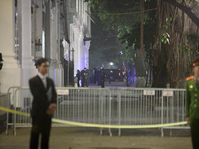Trắng đêm bảo vệ Tổng thống Mỹ Donald Trump ở Hà Nội