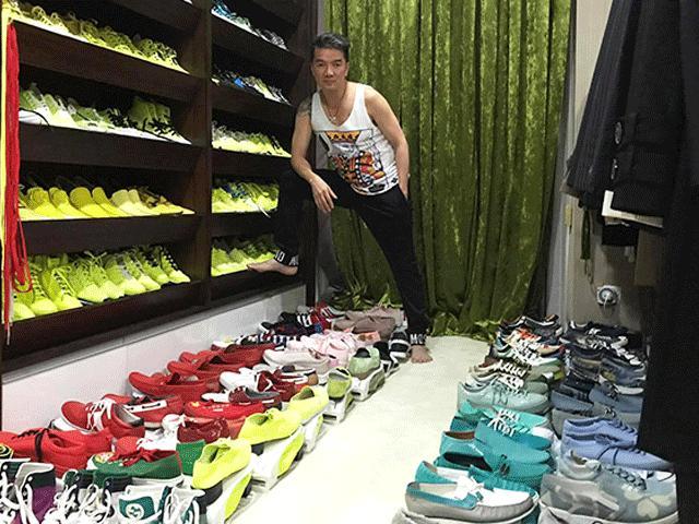 Đàm Vĩnh Hưng hé lộ 19 khu chứa quần áo, gần 1.000 đôi giày tại biệt thự 3 triệu đô